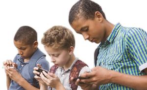 Kinder durch Handyüberwachung schützen