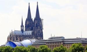 Polizei ortet Handys aus Kölner Silvesternacht